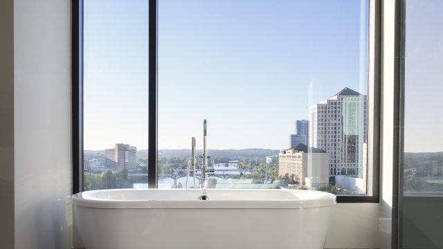 King Spa Suite Tub Hotel Van Zandt