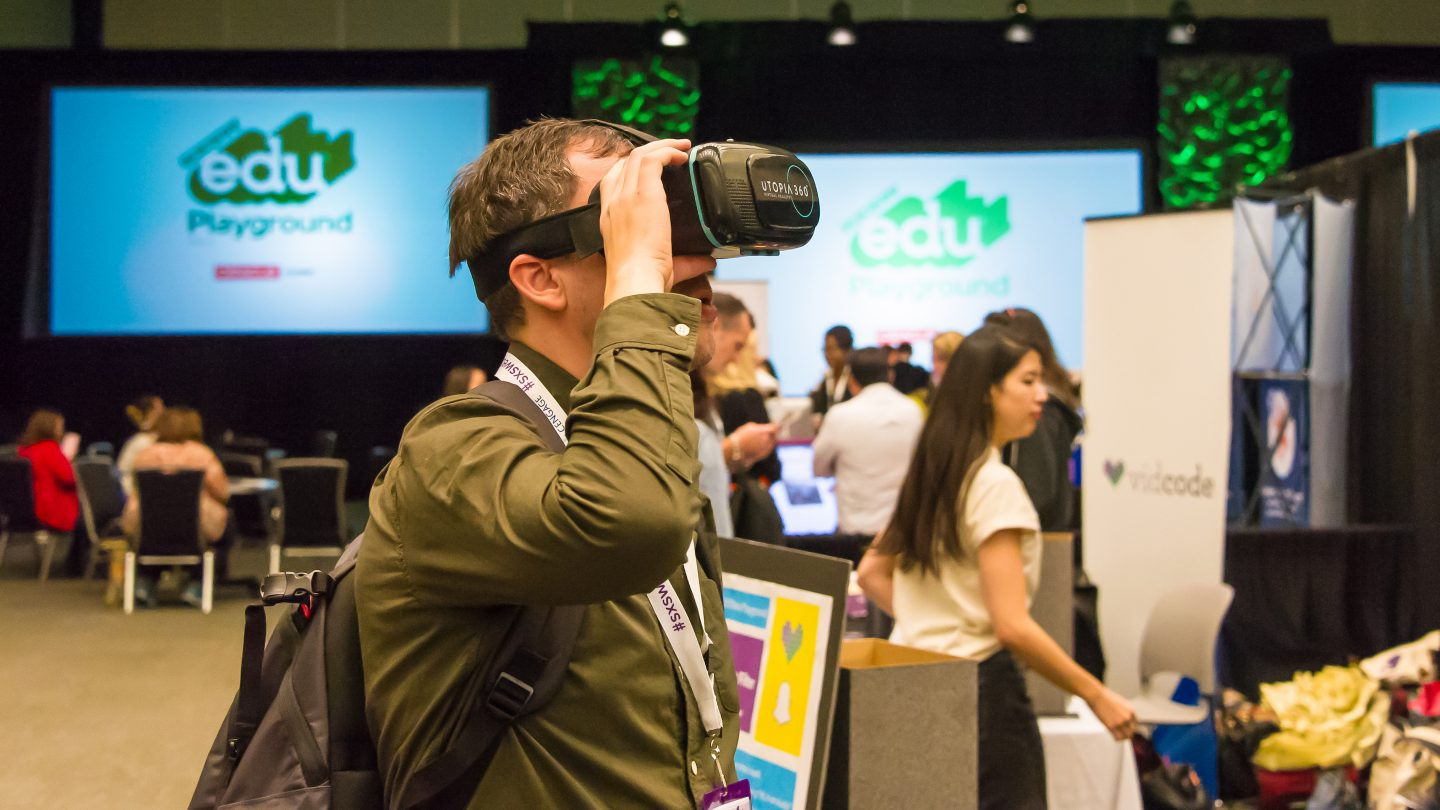 SXSW EDU 2017 attendee trying VR.
