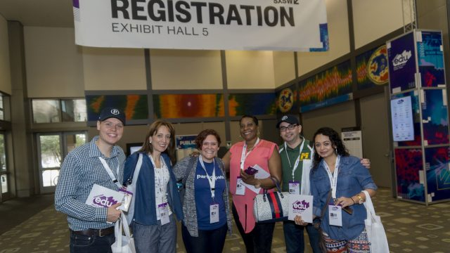 Registration at EDU 2017 by Luis Bustos