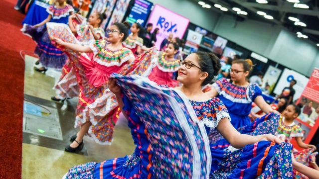 Student Dancers in the Expo. Photo by Tico Mendoza.
