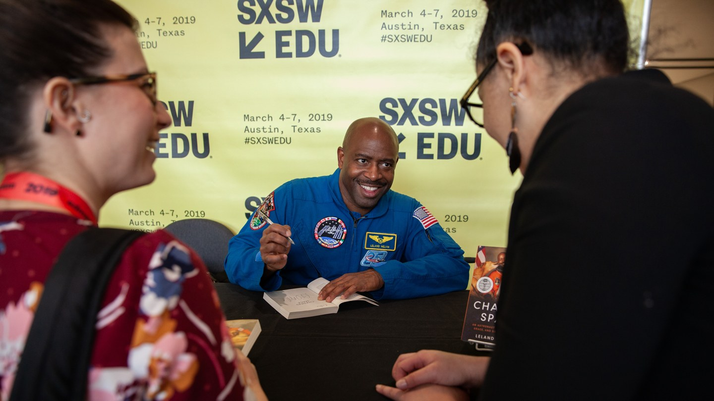 Leland Melvin, Chasing Space An Astronauts Story of Grit Grace and Second Chances, book signing at SXSW EDU 2019. Photo by Debra Reyes.